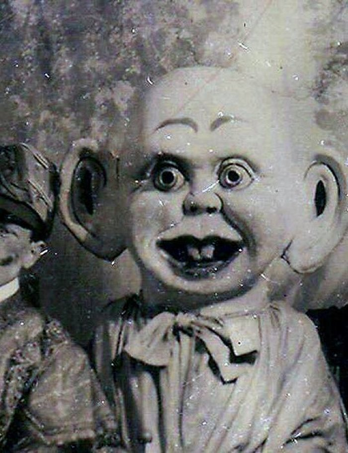 These Scary Vintage Dolls That Will Make Your Skin Crawl