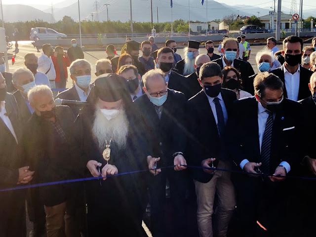 Ο περιφερειάρχης Πελοποννήσου στα εγκαίνια του κλειστού κολυμβητηρίου στο Άργος