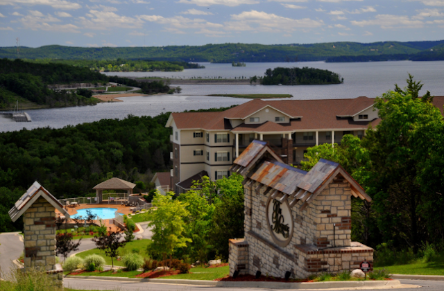 Mom's Best Travel Adventures in Branson  via  www.productreviewmom.com