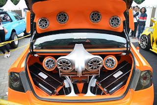 Tips Dalam Memasang Amplifier di Mobil Agar Terdengar Jernih