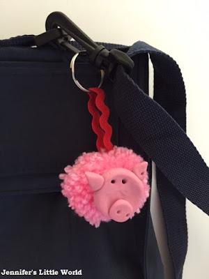 Fimo and pink pom pom pig keyring