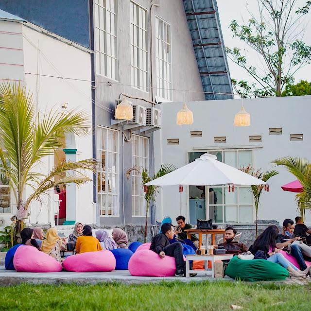 Carney Cafe Jogja Menu, Fasilitas Lengkap, Jam Buka & Lokasi