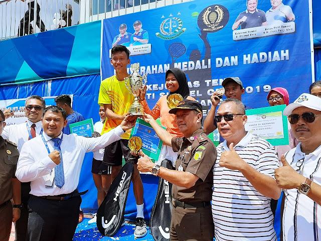 Torehkan Prestasi di Kejurnas Tenis Kajati Sumsel Cup, Jones Pratama Makin Mantap Persiapkan Diri Hadapi PON XX Papua