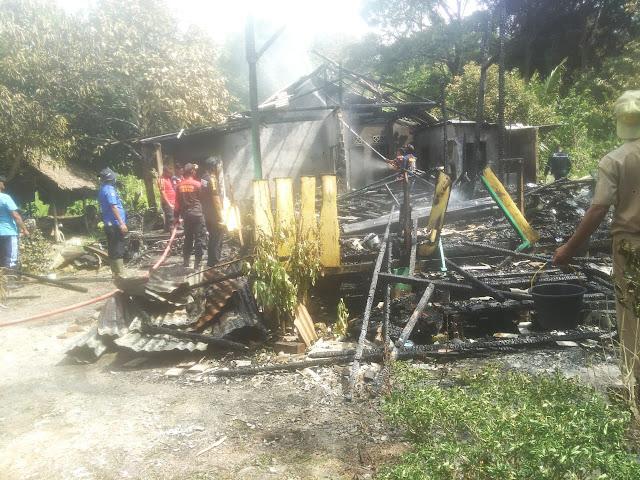 Sijago Merah Melalap Satu Unit Rumah di Gang Punak dan Dua Orang Penghuninya