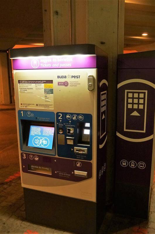 maquinas billetes transporte publico de budapest