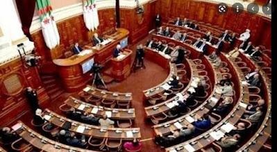 """بعد """"العسكر الجزائري """".. مجلس الأمة بالجزائر يهاجم المغرب بأسطوانة الاتهامات """"المشروخة"""" ضد المملكة"""