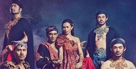 7 Artis memukau di Hari Batik Nasional 2019