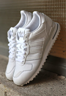 http://www.footish.se/sneakers/adidas-originals-zx-700-4