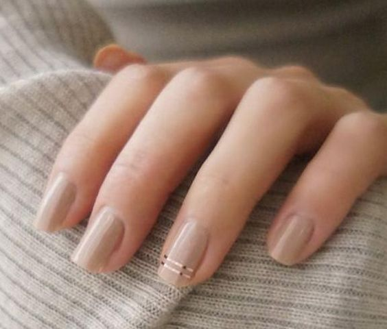 Style Inspiration   The Edit: Our Favourite Minimalist Manicures