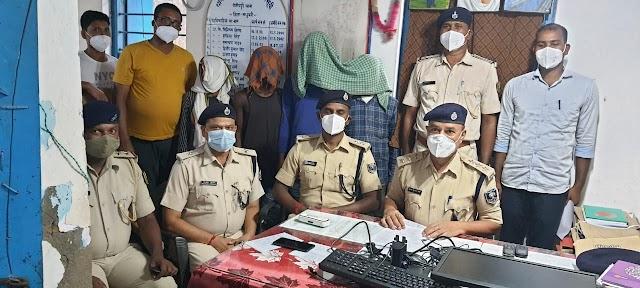 C.D.P.O ऑफिस से चोरी का सामान बरामद, चार गिरफ्तार
