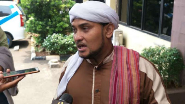 Insiden Pembakaran Bendera Tauhid, Novel Bamukmin Sindir Kesesatan Said Aqil
