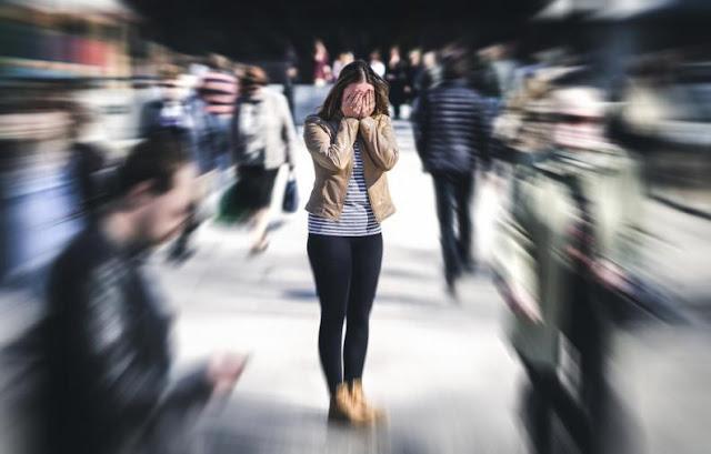 ¿Por qué las mujeres son más ansiosas que los hombres?