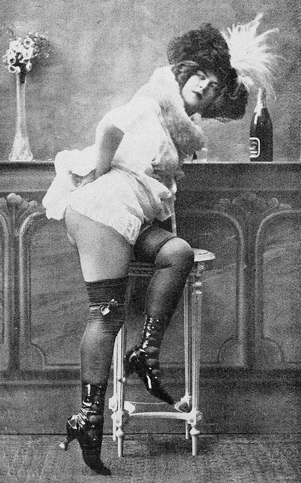 1910 erotica, a photograph