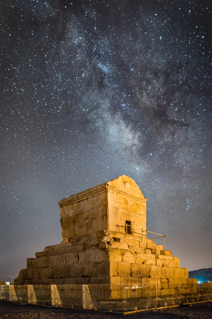 Top 10 Famous Tombs in The World The tomb of Cyrus - Iran