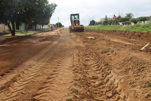 Mais nove ruas serão pavimentadas pela Prefeitura de Caraúbas