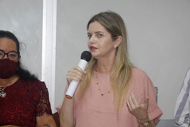 """Programa """"Parnaíba Trafegável"""" realiza melhorias na malha viária do Bairro Nova Parnaíba"""
