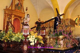 La Saca Cofradia Jesus Nazareno Leon