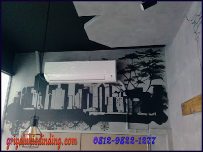 Mural lukis dinding cafe gambar gedung siluet