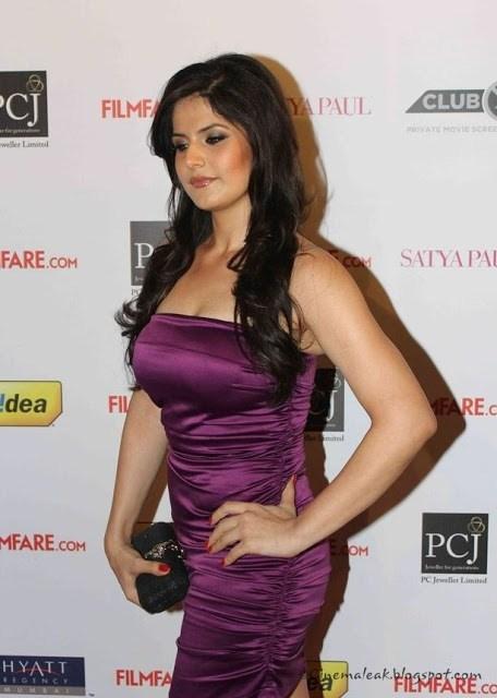 Zareen Khan Measurements Height Weight Bra Size Age