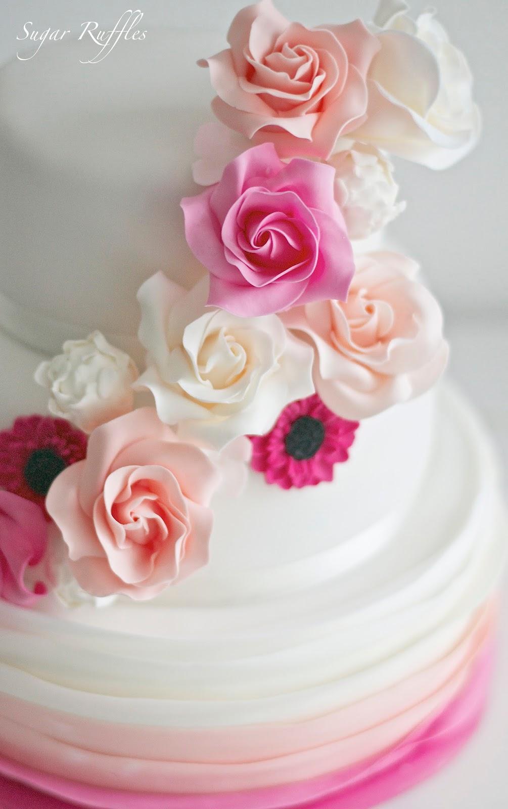 3 Tier Wedding Cakes 95 Stunning A tier wedding cake