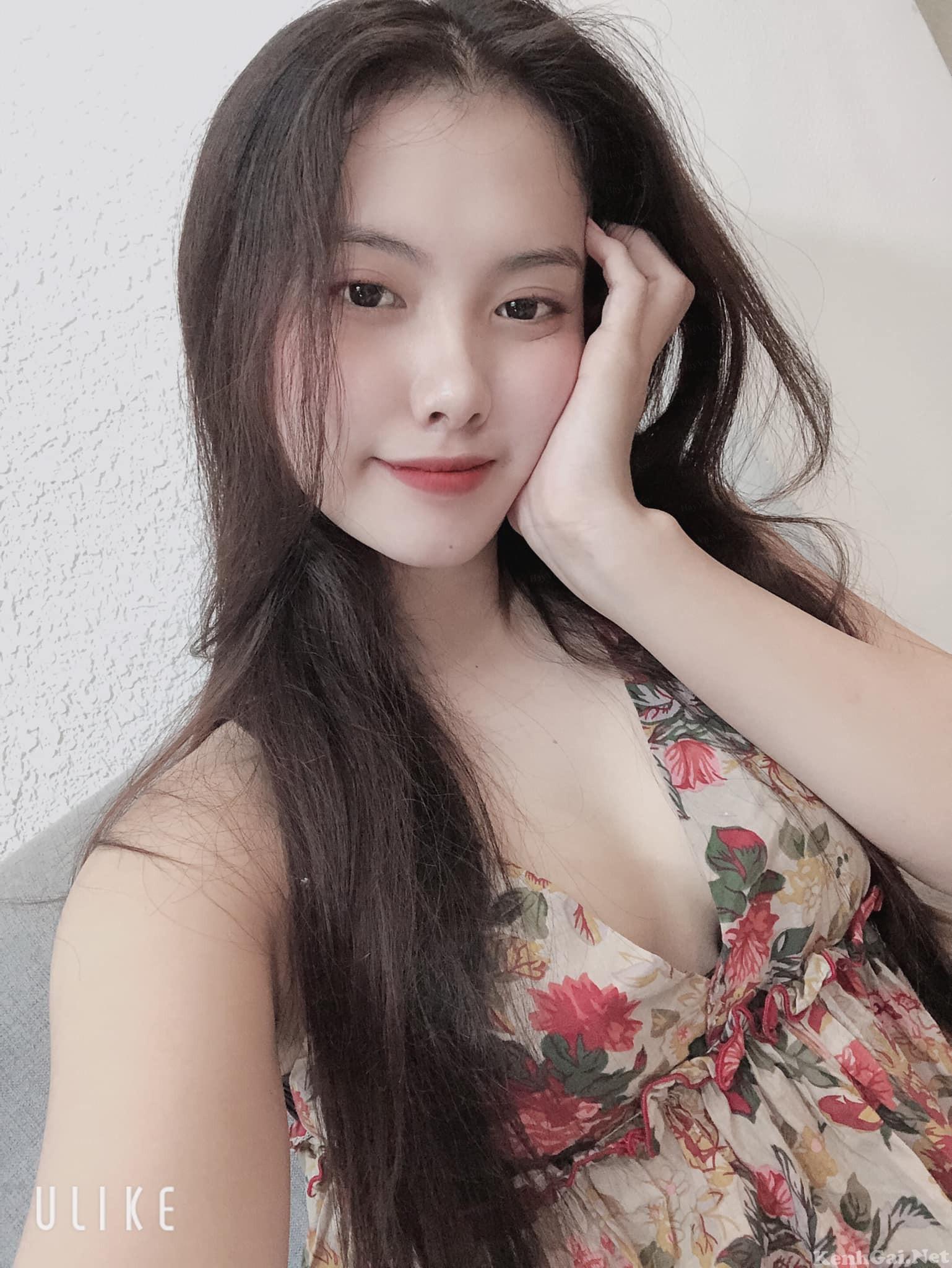Hotgirl Trương Khả Di   E-CUP
