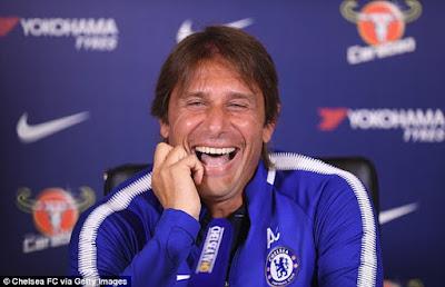 Conte Tertawakan Costa Pada Saat Wawancara !!