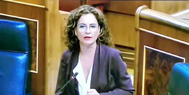 """Montero a Álvarez de Toledo: """"Su discurso no lo merece un país que está confinado intentando salvar vidas"""""""