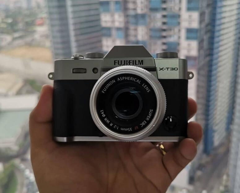 Fujifilm X-T30 Front