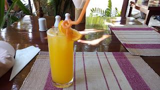 ミャンマーのオレンジジュース
