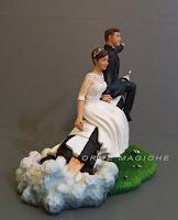 sposi sulla torta cop cake tops statuine matrimonio torta milano orme magiche