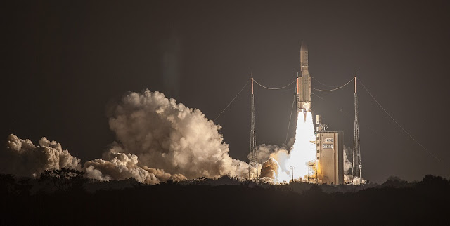 Ariane 5 rocket lifts off with two Intelsat satellites on Aug. 24. Credit: Arianespace