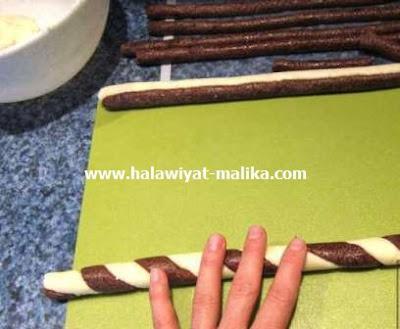 لفافات جوز الهند اللذيذة سهلة وبدون فرن