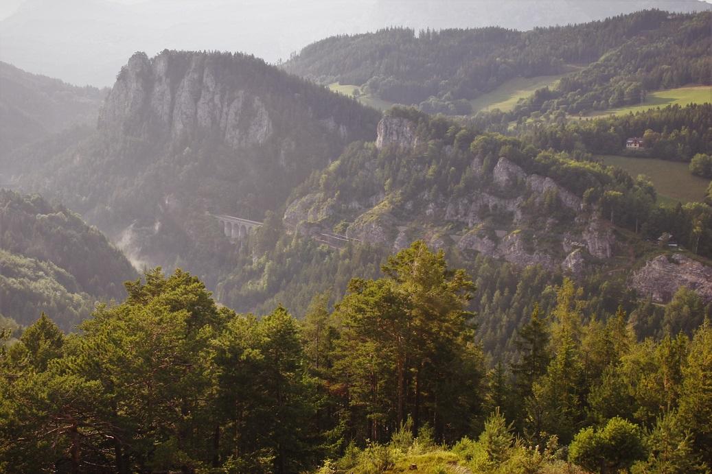 Vyhlídka 20 Schilling Blick na rakouský Semmering