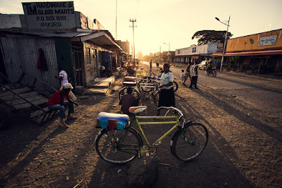 Kenya's largest indigenous communities fit into three distinct ethnic tribal groups, Bantu, Cushite and Nilote.