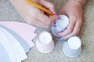 Cara Membuat Kerajinan Tangan Yang Mudah, Lampu Gelas Plastik 7