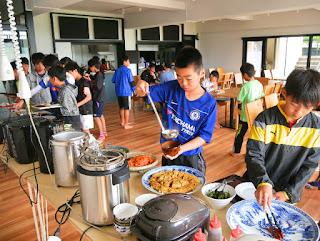 サッカー場付き合宿所 滋賀で少年団のサッカー合宿の宿といえばジェイホッパーズ琵琶湖ゲストハウス