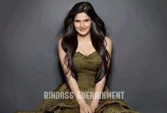 Zareen Khan1