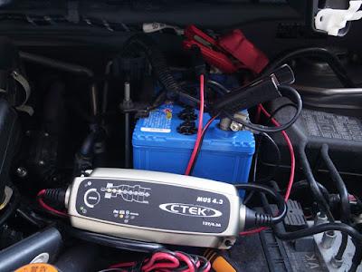 CTEK MUS4.3にて電気ドロボー充電を実施