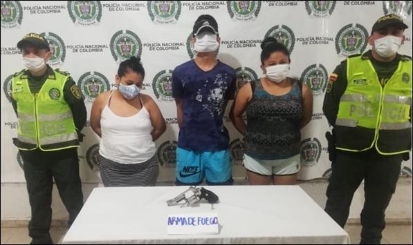 hoyennoticia.com, Tres venezolanos atacaron a la Policía en Brisas de La Popa