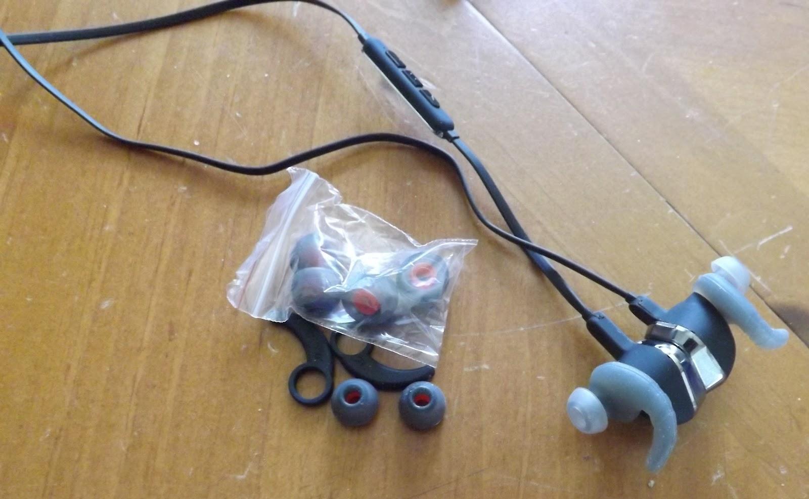 Walts Reviews Karnotech Remax Magnet Sports Earbuds Bluetooth Earphones 4 1 General Stereo Earphones Rm S2