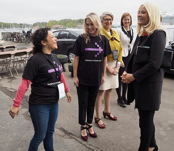 Crown Princess Mette-Marit attended Katapult Future Fest festival held in Vippa, Oslo. Katapult Future Fest is a two days festival and a non-profit event. Crown Princess wore Prada coat