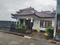 Villa Kolam Renang Lokasi Perumahan