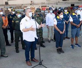 https://www.notasrosas.com/Organización Corona y Homecenter-Constructor entregan donaciones en San Andrés y Providencia