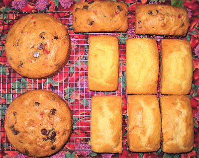 INTERNATIONAL:  Bread of the Week 44:  Fruit and Nut Breads:  Recipes and Videos