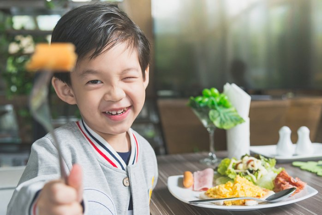 5 Tips Meningkatkan Nafsu Makan Si Kecil
