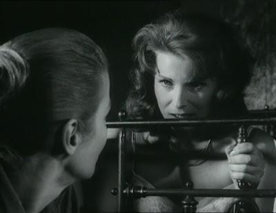 Película dirigida por Ingmar Bergman con Ingrid Thulin, Gunnel Lindblom y Jörgen Lindström