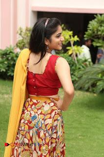 Actress Punarnavi Bhupalam Pictures at Yentha Pani Chesave Sireesha Movie Logo Launch  0191.JPG