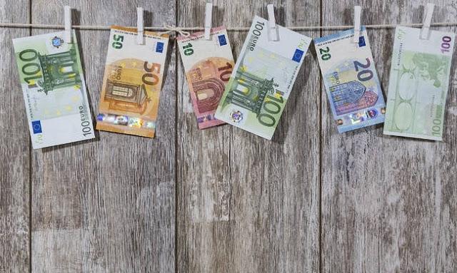 ΣτΕ: Οι αποφάσεις για τα δώρα των εν ενεργεία δημόσιων υπαλλήλων