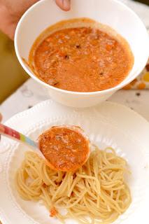 josephine bakers spaghetti bolognaise - photo #18