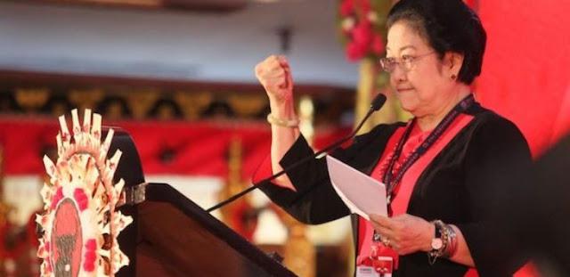 Megawati: Kenapa Kita Tidak Resesi? karena Pertolongan Tuhan, Negara Kita Saking Kaya Raya